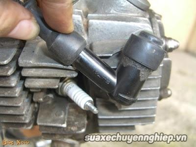 Cách phòng tránh và sửa chữa khi xe bị tắt máy do nước - 3