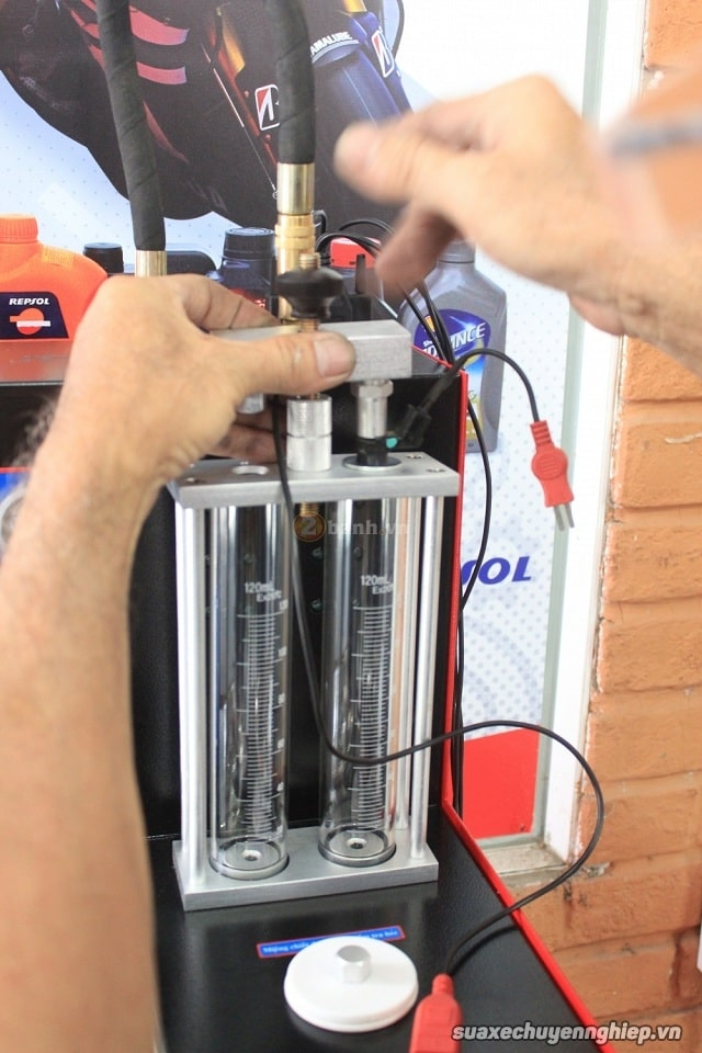Vệ sinh kim phun xăng điện tử giá rẻ tại sài gòn - 8
