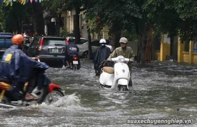 Xe tay ga bị ngập nước thì khắc phục thế nào - 1