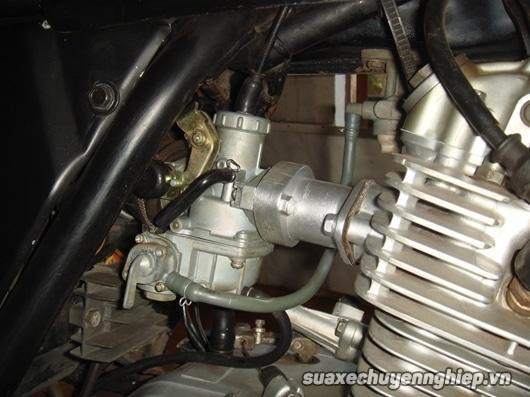 Xe máy bị chảy xăng dư nguyên nhân và cách sửa chữa - 1