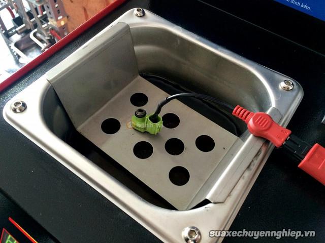 Dịch vụ vệ sinh họng xăng và kim phun giúp xe tiết kiệm nhiên liệu  - 8