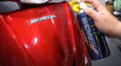 Cách làm mới dàn áo xe máy tại nhà đơn giản